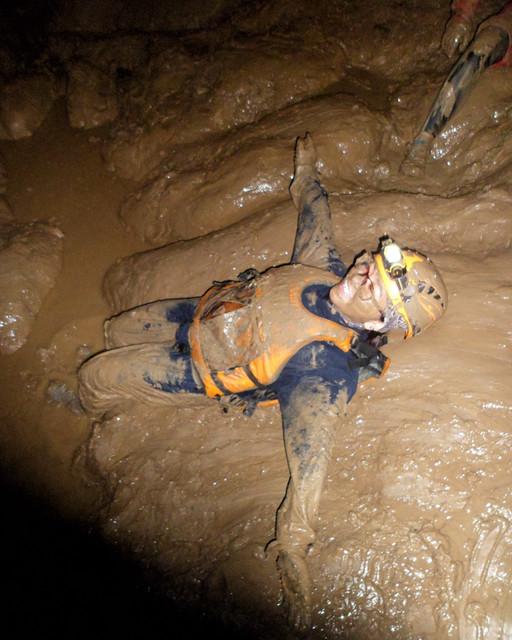 beanintransit-lobo-cave-14
