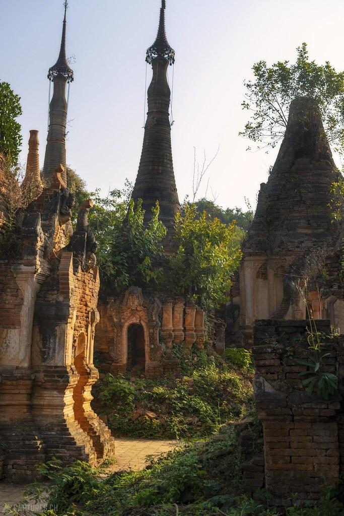 Old pagodas - Indein