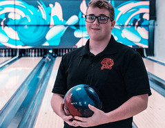 PH 2018.19 Bowling Team-16