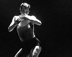 Dance ¬ 6352