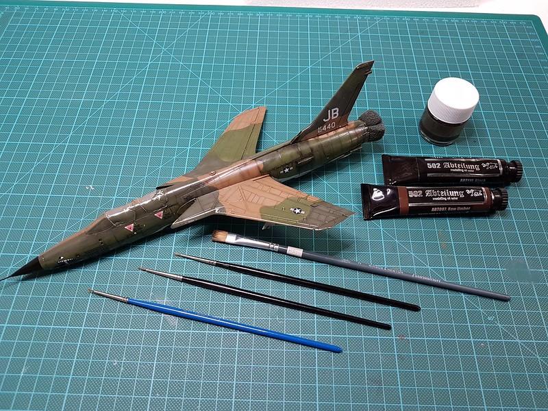 Trumpeter 1/72 F-105G Wild Weasel - Sida 6 47247748542_f64ebe9de5_c
