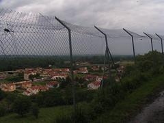 20080515 23054 0905 Jakobus Montverdun Zaun Weite Hügel Wolken - Photo of Mornand-en-Forez