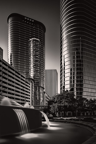 architecture bw blackwhite blackandwhite bobandviviansmithfountain building bulb canontse24mmf35lii chevron downtown enron fountain glass houston longexposure monochrome morning reflection sky skyscraper skywalk smithfountain smithstreet texas tiltshift tower towers tx water unitedstates us