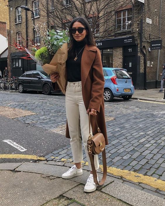 inspiration street style outfit 2019 winter snake boots 3