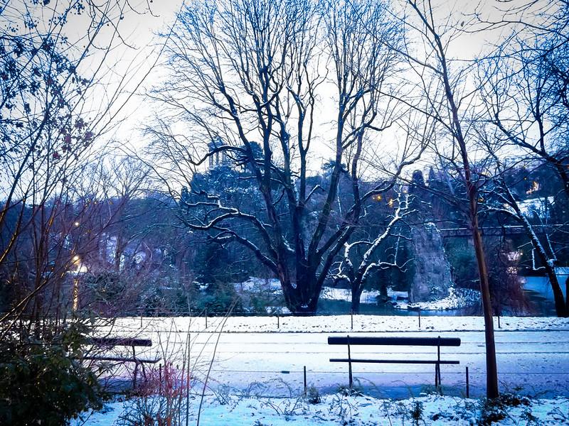 Petit matin de neige sur les Buttes... 39986745133_8cd9d01395_c