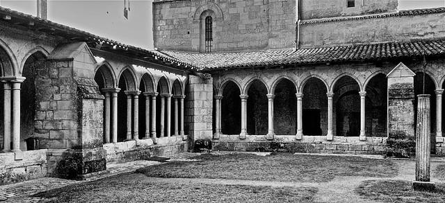 Saint Emilion. Clo tre, Apple iPhone 5c, iPhone 5c back camera 4.12mm f/2.4