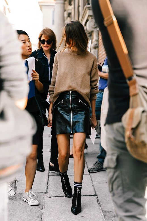 black ankle boots sock boots street style outfit 20196