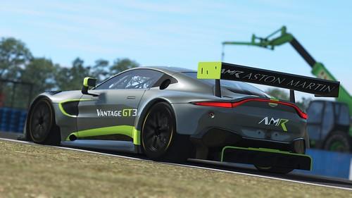 rF2 2019 Aston Martin Vantage GT3 Rear