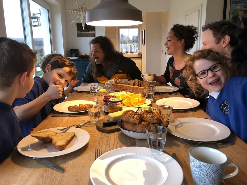 Breakfast at the MacRaes'