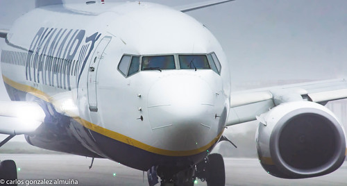 737-800 ryanair