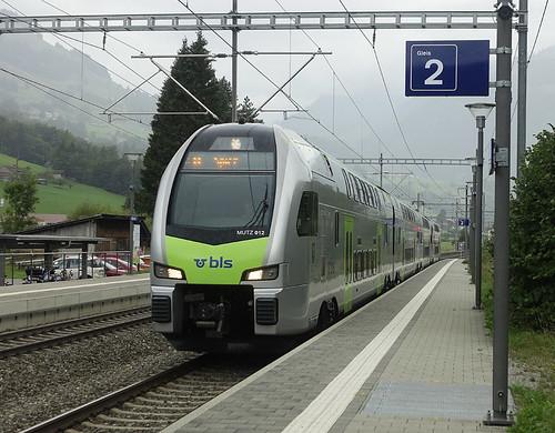 RD18119.  BLS 'KISS' at Mülenen.