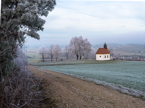 Himmelbergkapelle im Raureif
