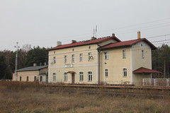 Otusz train station