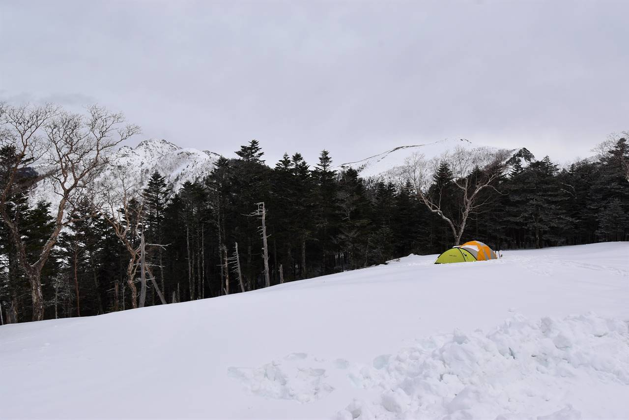 三伏峠小屋からの雪景色