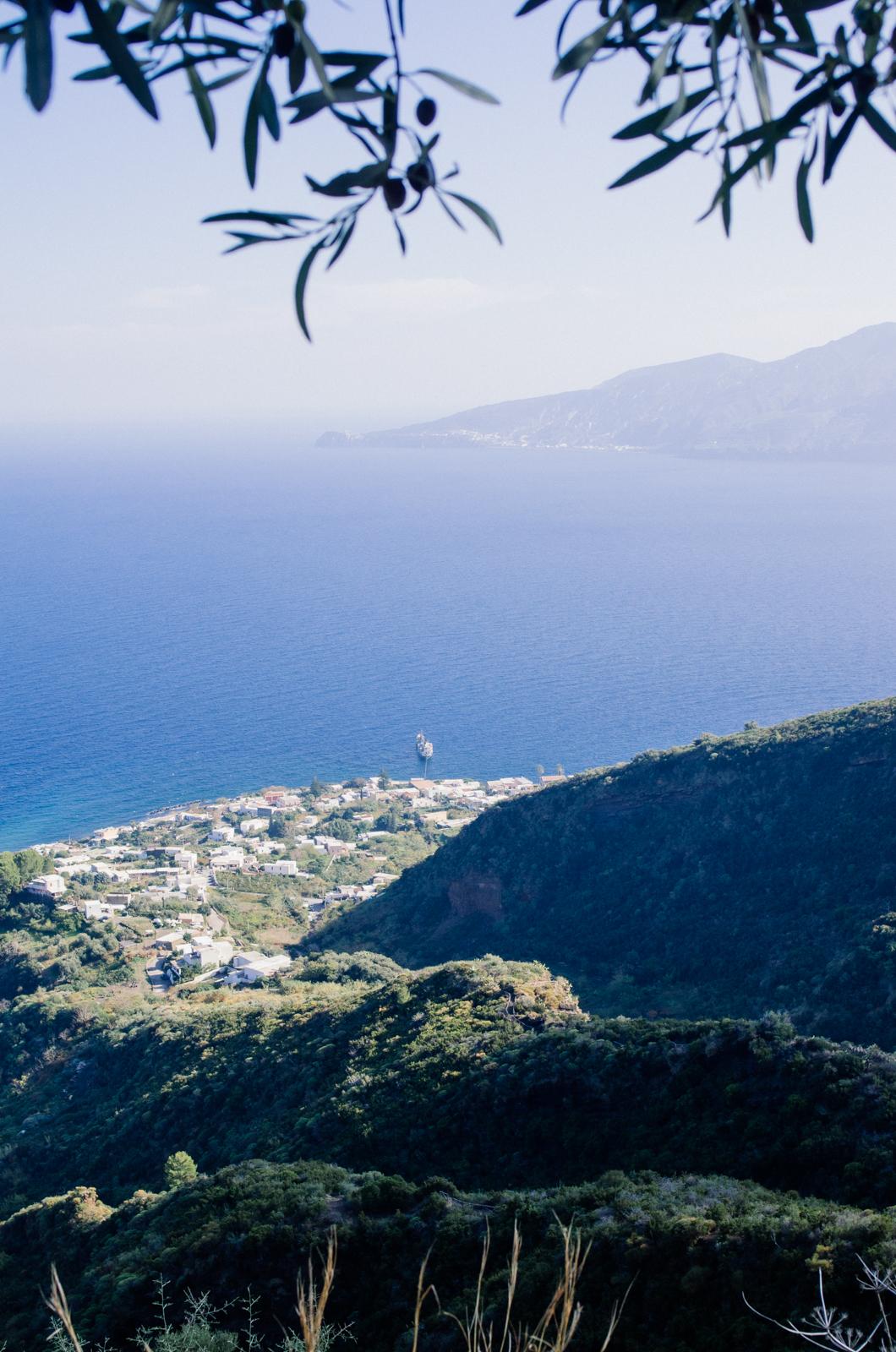 Salina - île éolienne - Santa maria de Salina