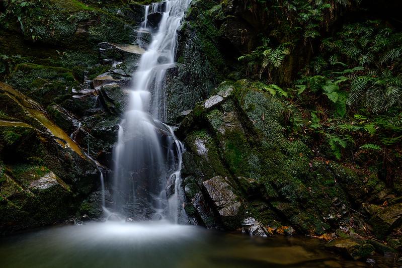 鶯の滝 ( Adobe Camera Raw Enhanced Detail )