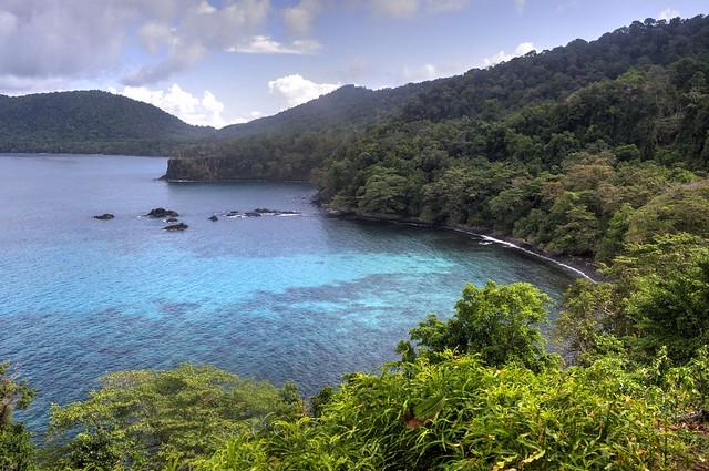 pulau weh gua sarang