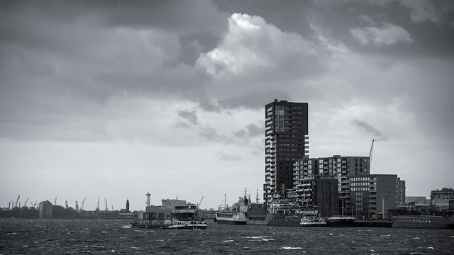 Rotterdam sky's - B&W