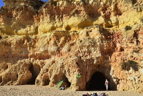 Die Küste bei Três Irmãos; Portimão, Algarve (439)