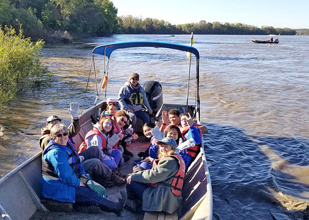 Missouri river volunteers