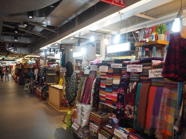 P1030858 MBKセンター(マーブンクロンセンター)バンコク bangkok thailand バンコク土産