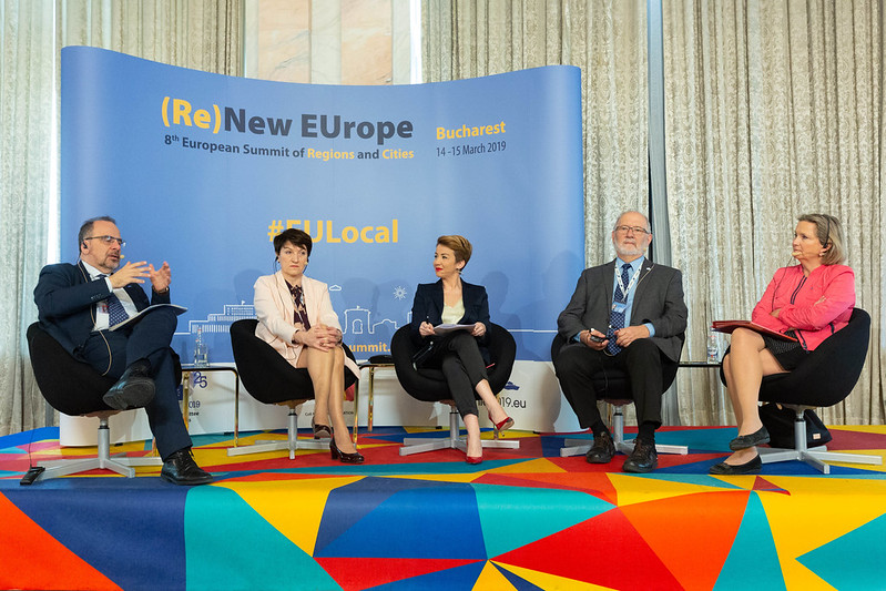 Thematic debates: The way forward for EU democratic revival - Strengthening European democracy: citizens' participation through local and regional authorities