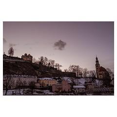 Salzburg at dusk . #xt3 #fujixt3 #fujifilmxt3 #fujifeed #fujifilm #fujilove #myfujilove #fujifilm_xseries #fujifilmnordic #fujifilmme #fujifilm_uk #fujixfam #twitter #geoffroyschied #35mmofmusic #colors #park #purple #dusk #winter #night @mahlerchamberorc