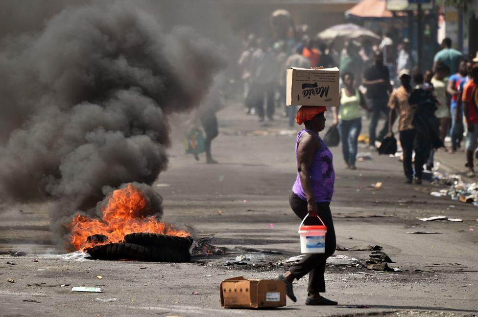 海地自2月7日起,再度爆發反政府示威。(圖片來源:AFP)