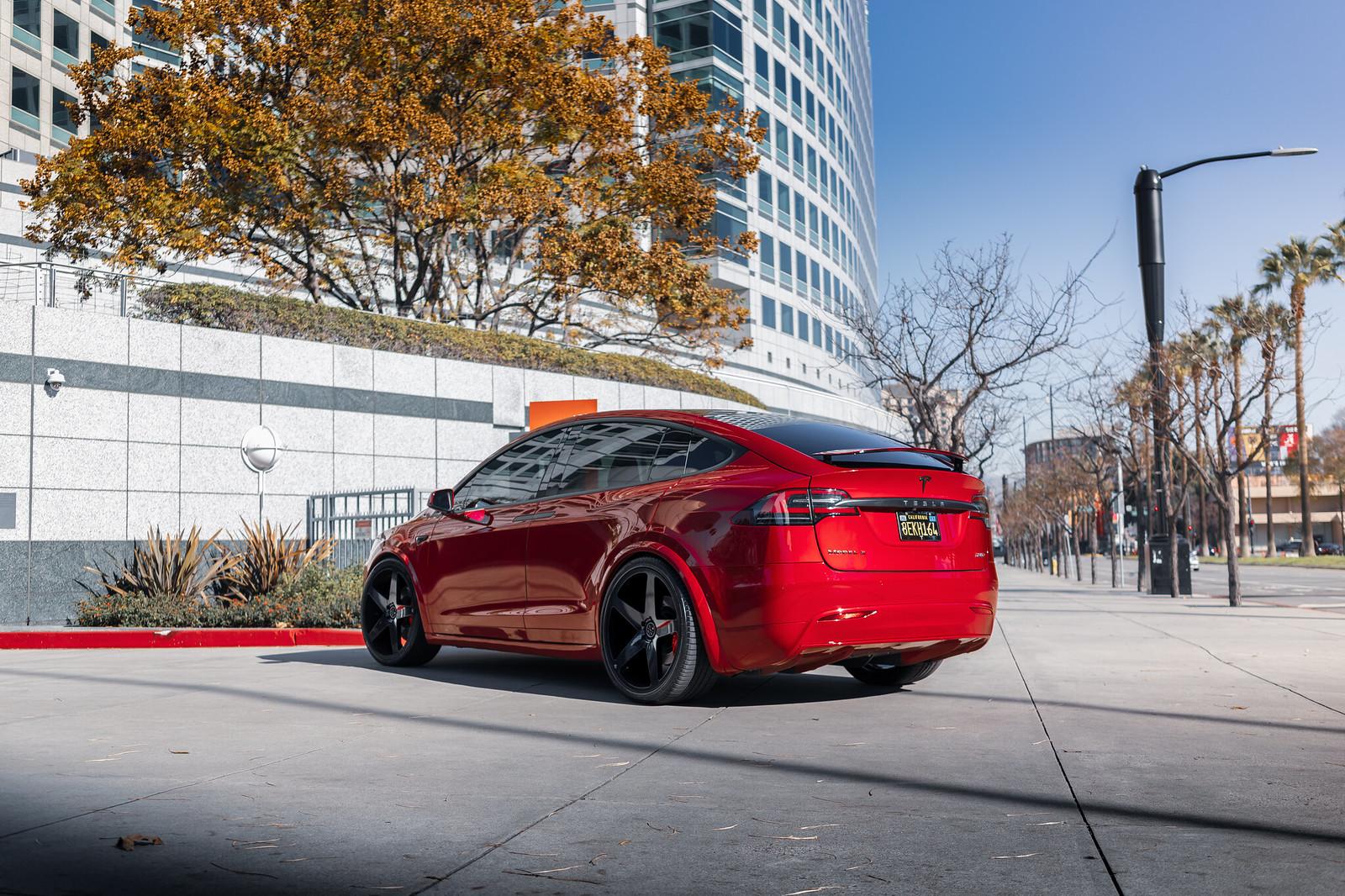 Tesla_Model_X_BD15_GlossBlack-3