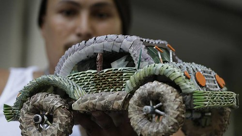 Car made from Venezuelan banknotes
