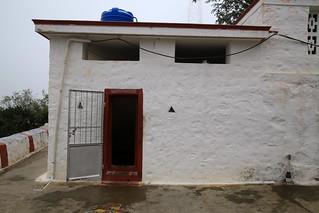 Pinnakku Siddhar cave