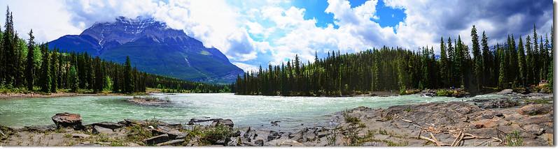 Athabasca Falls with Mount Kerkeslin as a Backdrop (Jasper National Park)