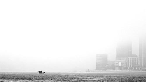 東 方 迷 霧