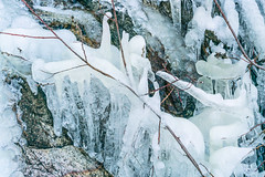 1902 Ice at a canyon crossing on the Knagge Trail