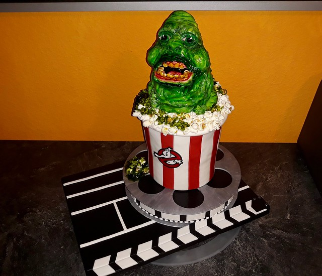 Ghostbusters - Slimer Cake by Viktoria Valetti