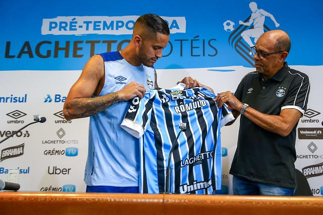 Apresentação Romulo no Grêmio