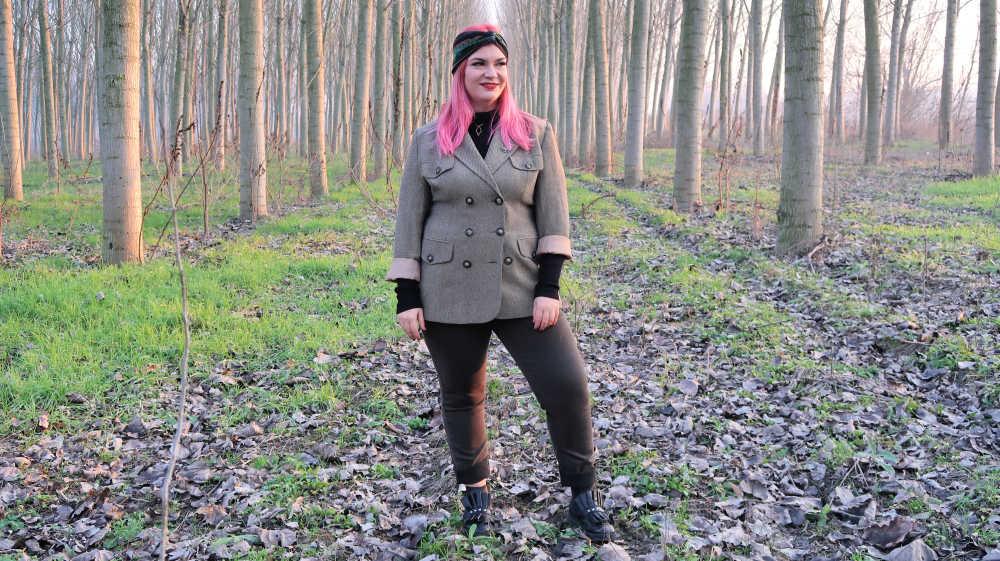 Outfit curvy e plus size, refashion giacca vintage (2)