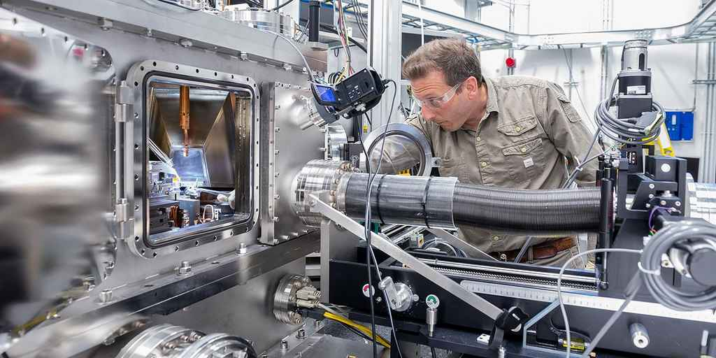chercheur-martin-holt-rayon-x-nanoscientifique