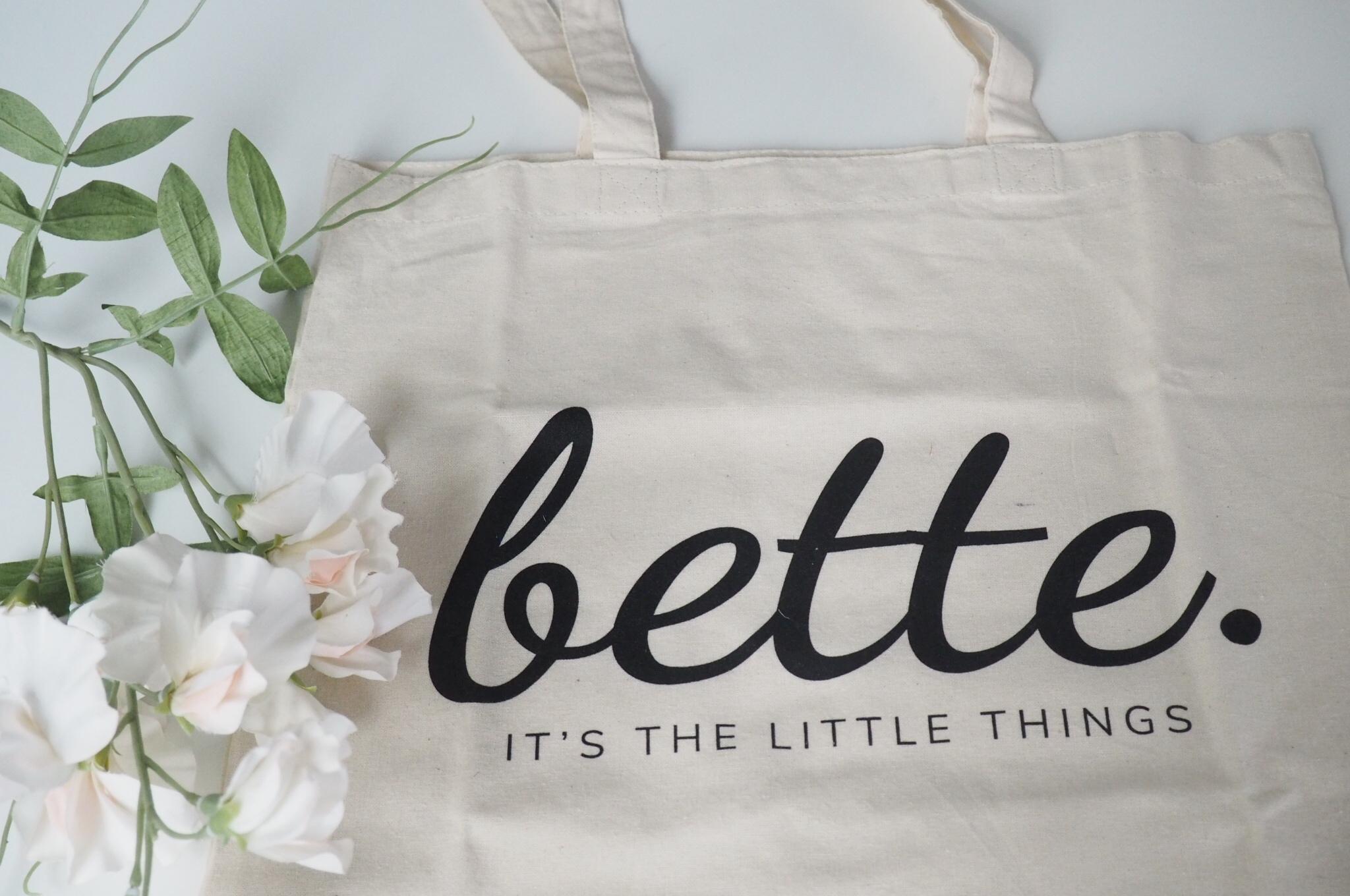 Bette Box maaliskuu