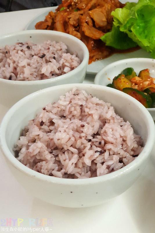 40369759653 581920fecf c - 韓國夫婦廚師開的韓國料理!米花停的韓式辣醬豬肉份量多肉肉控會愛,泡菜豆腐湯味道也不一般啊~