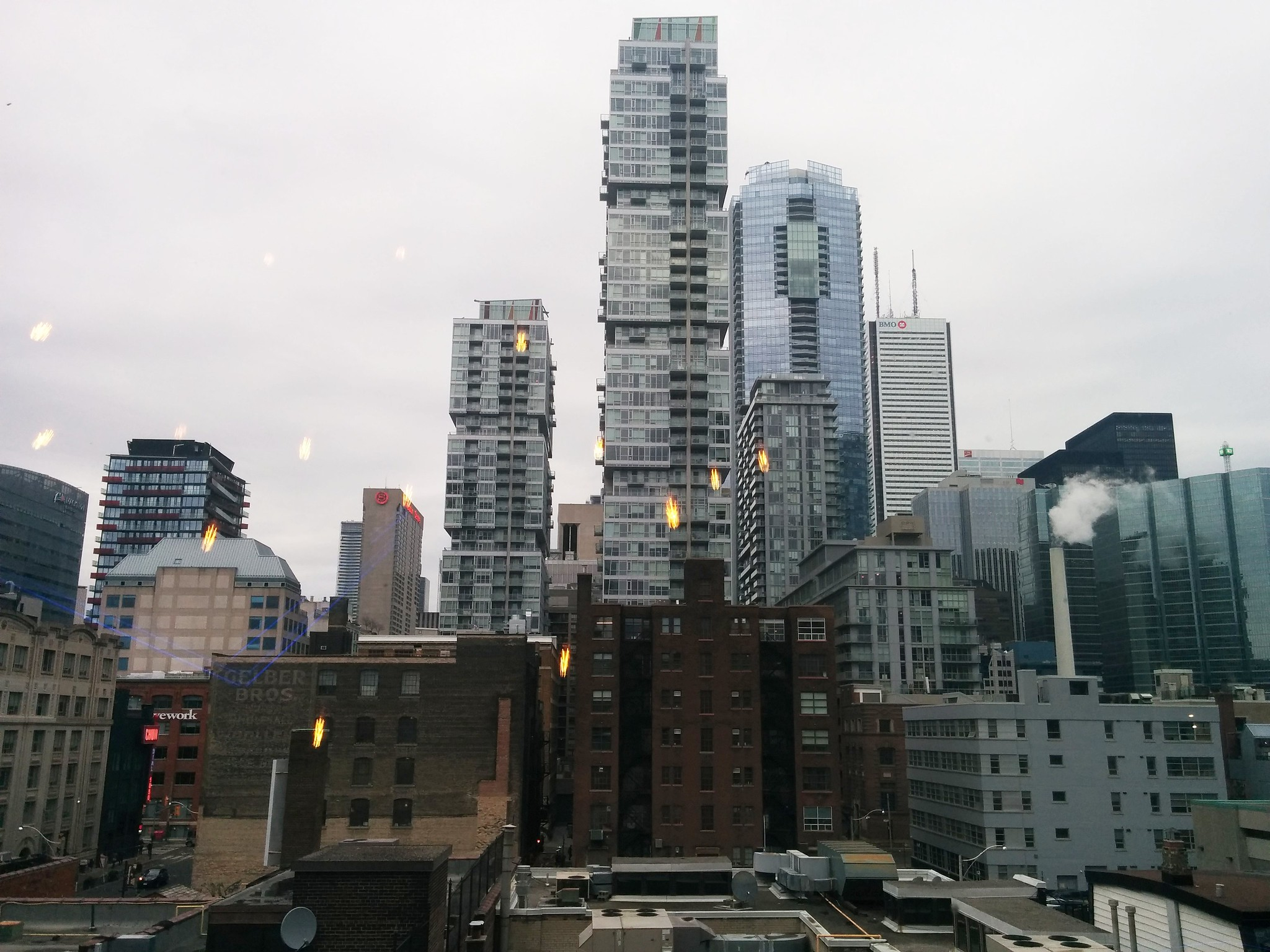 Looking east out the Scotiabank window #toronto #entertainmentdistrict #financialdistrict #scotiabanktheatre #skyline