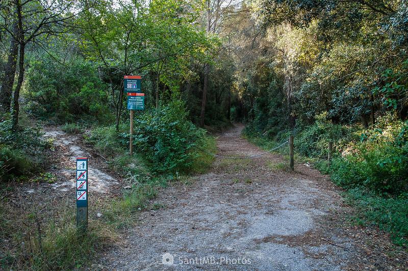 Entrando en el Parc del Foix por el Fondo de la Senabre