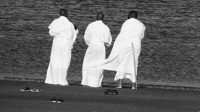Three Wise Men and the Sea 03