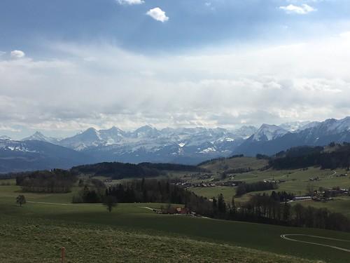 Blick vom Restaurant Viva in Rüeggisberg auf die Alpen