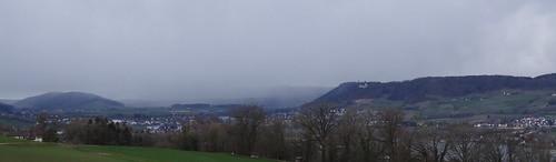 Burg Hohenklingen vor der Schneefront