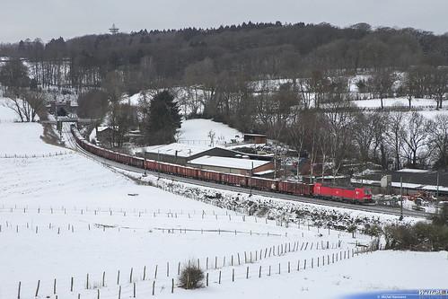 2841 LNS + 193 350 DB Cargo (Schiebelok) . E 48574 . Aachen (Gemmenichertunnel) . 01.02.19.
