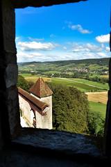 Le château du Pin (Jura) vue sur Lavigny