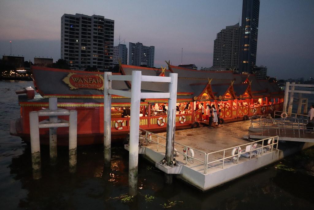 chaophraya cruise (23)