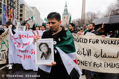 Protest in Berlin zum achten Jahrestages des Aufstandes in Syrien