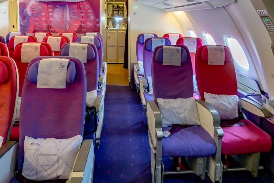 タイ国際航空A380 エコノミークラス2階席